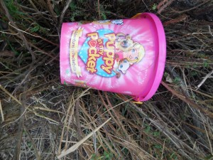 plastic bucket debris wells_2
