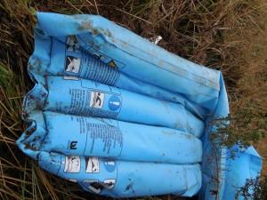 plastic debris wells_2